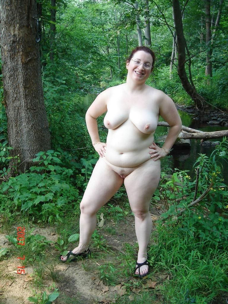 Xxx naked bbw outdoors